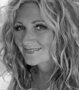 Amanda-Prowse-Book-Shots-24-of-26
