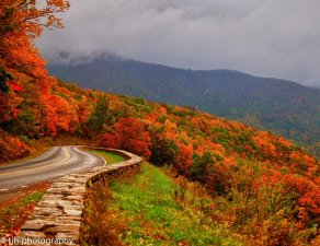 fall_in_the_blue_ridge_mountains_by_tjh1023-d4gscoa